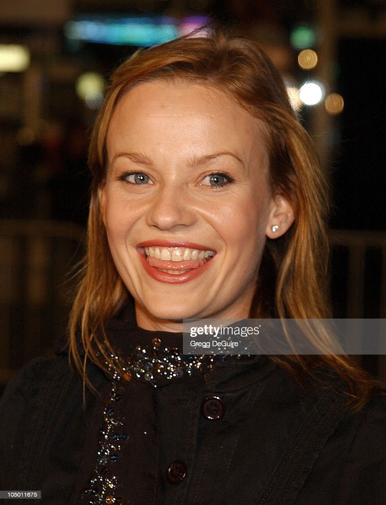 Samantha Mathis during 'The Ring' Premiere at Mann Bruin Theatre in ... Thedeparted