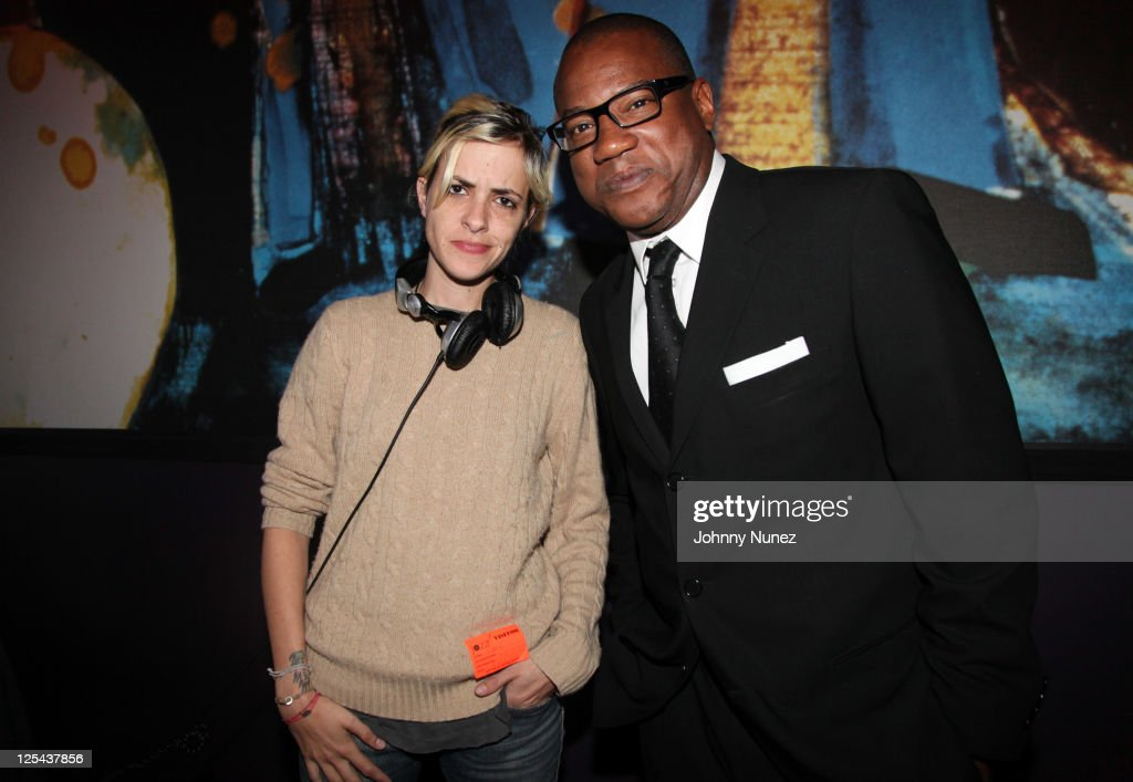 <a gi-track='captionPersonalityLinkClicked' href=/galleries/search?phrase=Samantha+Ronson&family=editorial&specificpeople=214678 ng-click='$event.stopPropagation()'>Samantha Ronson</a> and Greg Cunningham attend Harlem's Fashion Row at Jazz at Lincoln Center on September 16, 2011 in New York City.