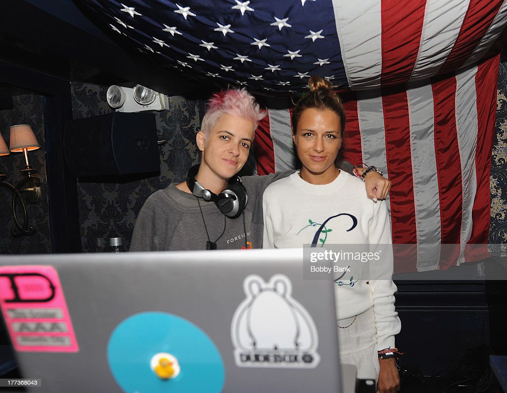DJ <a gi-track='captionPersonalityLinkClicked' href=/galleries/search?phrase=Samantha+Ronson&family=editorial&specificpeople=214678 ng-click='$event.stopPropagation()'>Samantha Ronson</a> and sister fashion designer Charlotte Ronson attend Fashion & Style Launch at The Raven on August 22, 2013 in New York City.