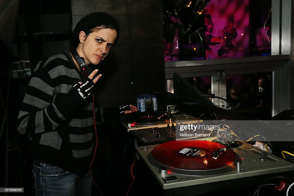 Samantha Ronson attends the Charlotte Ronson + Artisan House Host Spring/Summer 2013 Handbag Preview on December 6, 2012 in New York City.