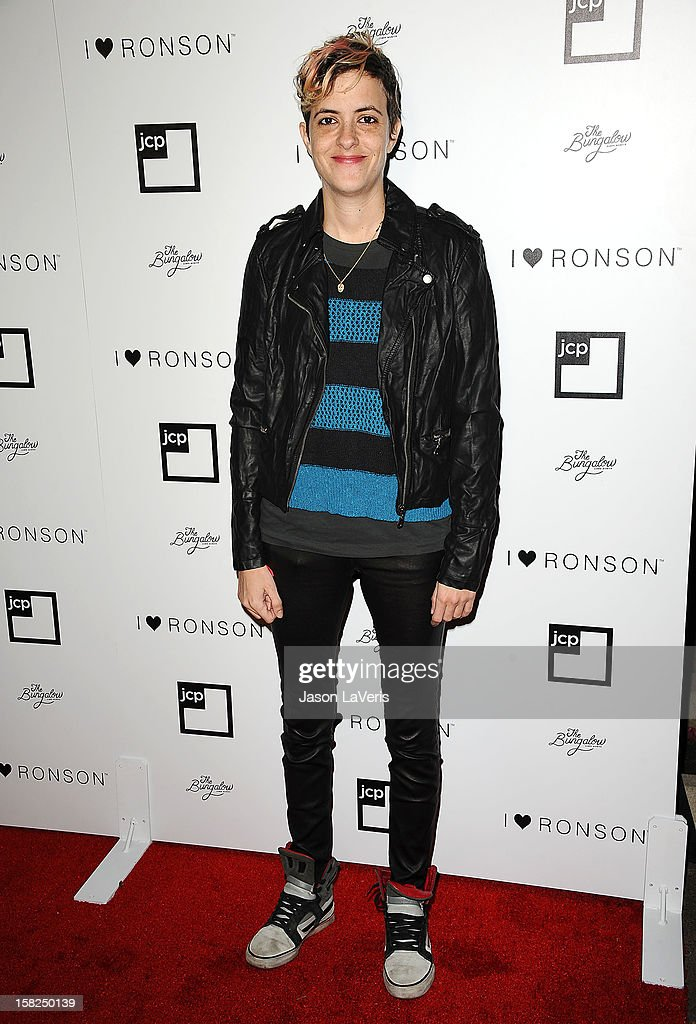 DJ <a gi-track='captionPersonalityLinkClicked' href=/galleries/search?phrase=Samantha+Ronson&family=editorial&specificpeople=214678 ng-click='$event.stopPropagation()'>Samantha Ronson</a> attends the I Heart Ronson celebration at The Bungalow on December 11, 2012 in Santa Monica, California.
