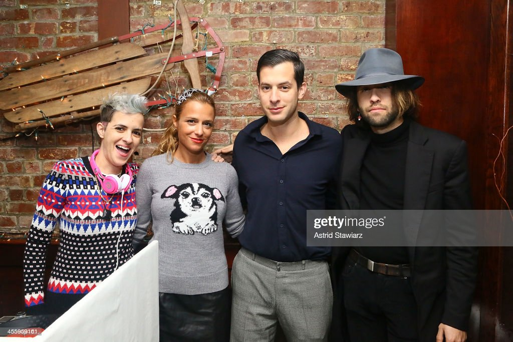 <a gi-track='captionPersonalityLinkClicked' href=/galleries/search?phrase=Samantha+Ronson&family=editorial&specificpeople=214678 ng-click='$event.stopPropagation()'>Samantha Ronson</a>, Charlotte Ronson, <a gi-track='captionPersonalityLinkClicked' href=/galleries/search?phrase=Mark+Ronson&family=editorial&specificpeople=853261 ng-click='$event.stopPropagation()'>Mark Ronson</a> and Alexander Dexter-Jones attend the Charlotte Ronson Holiday Party At RadioShack Pop-Up Store in Times Square on December 12, 2013 in New York City.