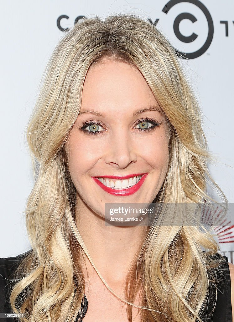Samantha Schacher attends the Annual Fresh Canvas Art Sale & Benefit Celebrating The Cancer Support Community - Benjamin Center held at the Museum of Flying on May 18, 2013 in Santa Monica, California.