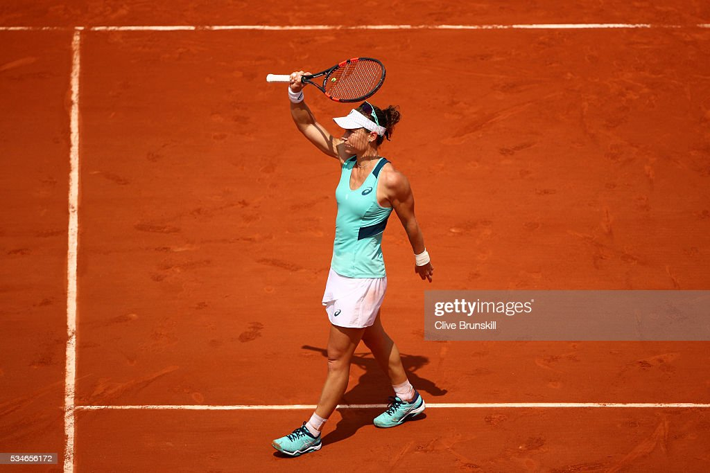 <a gi-track='captionPersonalityLinkClicked' href=/galleries/search?phrase=Samantha+Stosur&family=editorial&specificpeople=194778 ng-click='$event.stopPropagation()'>Samantha Stosur</a> of Australia celebrates victory during the Ladies Singles third round match against Lucie Safarova of Czech Republic on day six of the 2016 French Open at Roland Garros on May 27, 2016 in Paris, France.