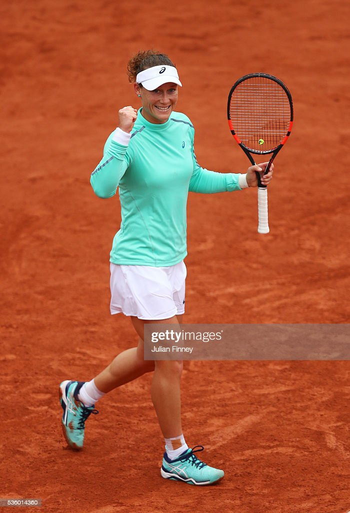 Samantha Stosur of Australia celebrates victory during the Ladies Singles fourth round match against Simona Halep of Romania on day ten of the 2016 French Open at Roland Garros on May 31, 2016 in Paris, France.