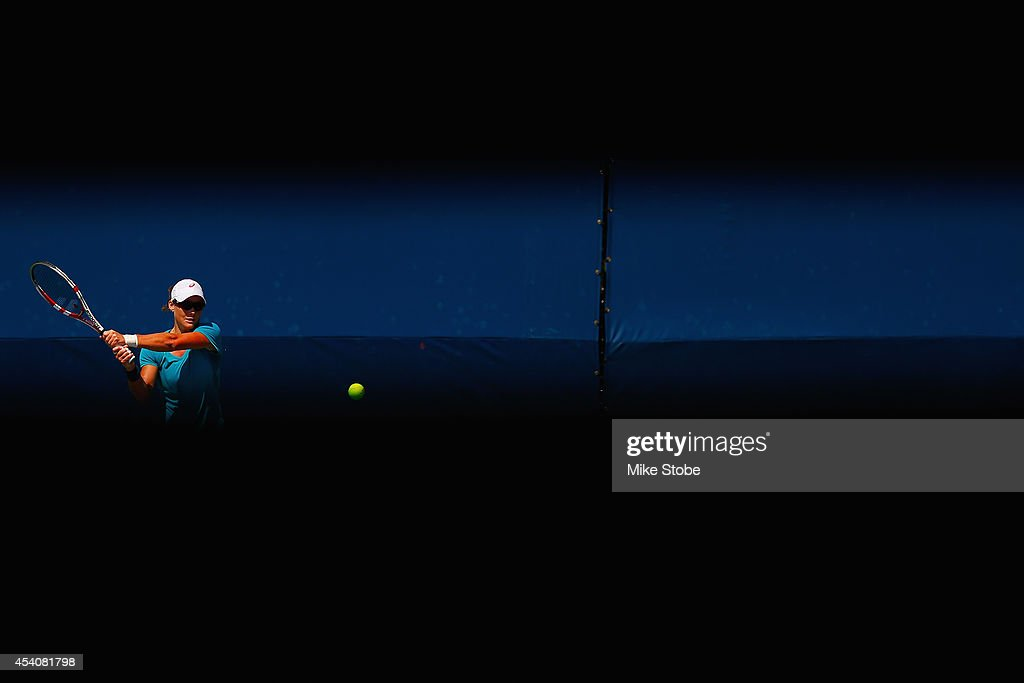 <a gi-track='captionPersonalityLinkClicked' href=/galleries/search?phrase=Samantha+Stosur&family=editorial&specificpeople=194778 ng-click='$event.stopPropagation()'>Samantha Stosur</a> of Australia practices prior to the start of the 2014 U.S. Open at the USTA Billie Jean King National Tennis Center on August 24, 2014 in the Flushing neighborhood of Queens in New York City.