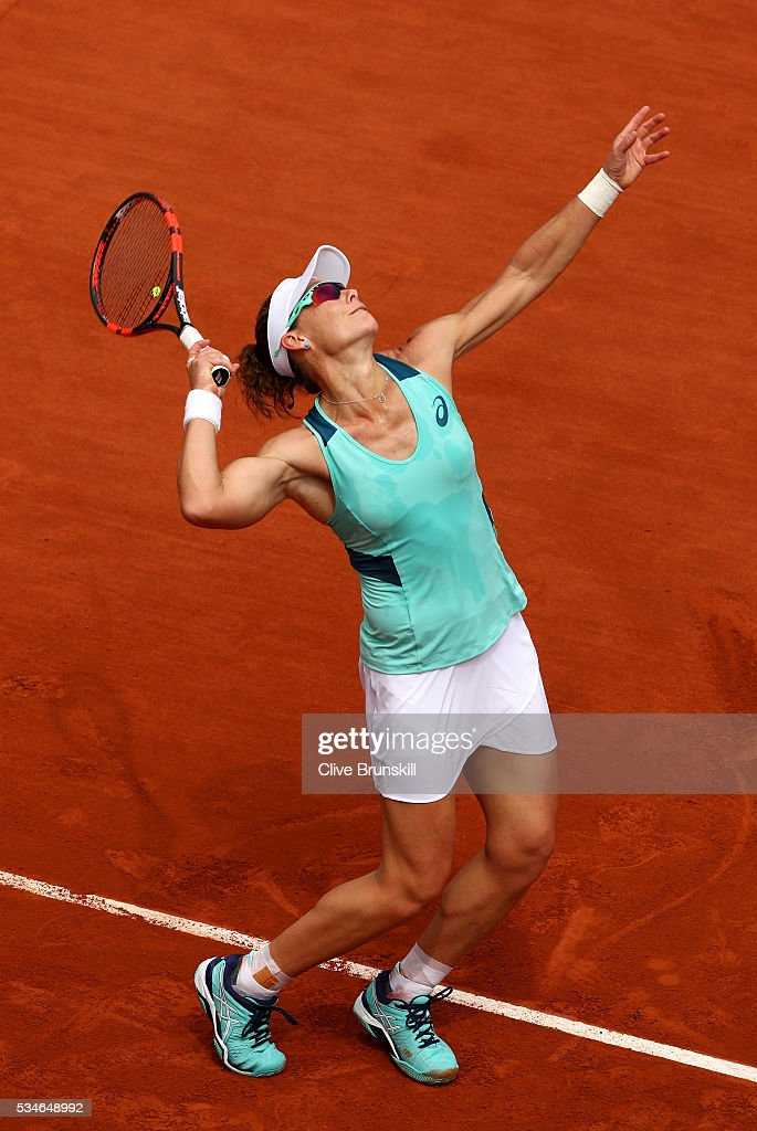 <a gi-track='captionPersonalityLinkClicked' href=/galleries/search?phrase=Samantha+Stosur&family=editorial&specificpeople=194778 ng-click='$event.stopPropagation()'>Samantha Stosur</a> of Australia serves during the Ladies Singles third round match against Lucie Safarova of Czech Republic on day six of the 2016 French Open at Roland Garros on May 27, 2016 in Paris, France.
