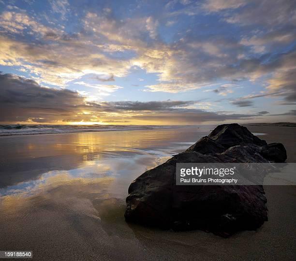 Same Sunset, Different Rock