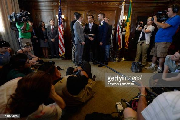Samesex couple Jeff Zarillo and Paul Katami are married at Los Angeles City Hall by Los Angeles Mayor Antonio Villaraigosa on June 28 2013 in Los...