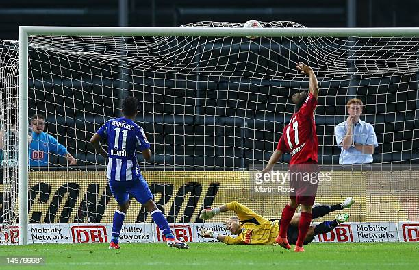 Sami Allagui of Berlin scores his team's equalizing goal during the Second Bundesliga match between Hertha BSC Berlin and SC Paderborn at...