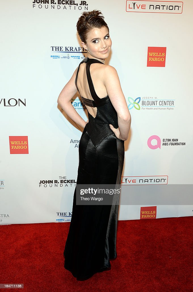 <a gi-track='captionPersonalityLinkClicked' href=/galleries/search?phrase=Sami+Gayle&family=editorial&specificpeople=5053940 ng-click='$event.stopPropagation()'>Sami Gayle</a> attends the Elton John AIDS Foundation's 12th Annual An Enduring Vision Benefit at Cipriani Wall Street on October 15, 2013 in New York City.