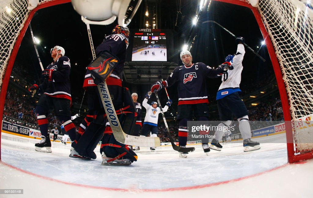 Sami Kapanen of Finland clebrates his team's 3rd goal during the IIHF World Championship group A match between Finland and USA at Lanxess Arena on...