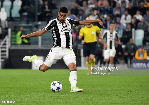Sami Khedira of FC Juventus in action during the UEFA Champions League Round of 4 first leg match between FC Juventus and Barcelona FC at Juventus...