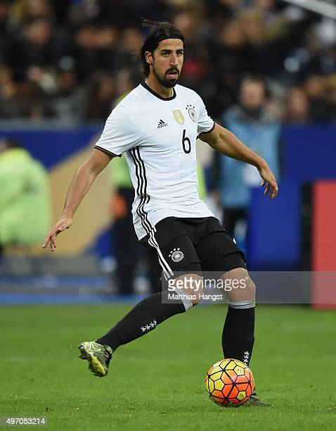 Sami Khedira of Germany controls the ball during the International Friendly match between France and Germany at the Stade de France on November 13...