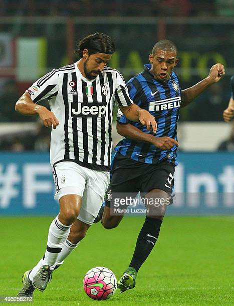 Sami Khedira of Juventus FC competes for the ball with Juan Guilherme Nunes Jesus FC Internazionale Milano during the Serie A match between FC...