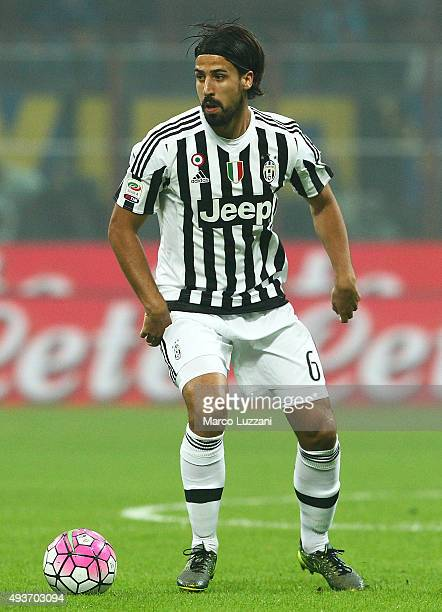 Sami Khedira of Juventus FC in action during the Serie A match between FC Internazionale Milano and Juventus FC at Stadio Giuseppe Meazza on October...