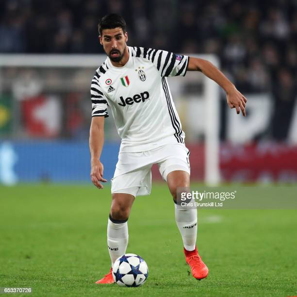 Sami Khedira of Juventus in action during the UEFA Champions League Round of 16 second leg match between Juventus and FC Porto at Juventus Stadium on...