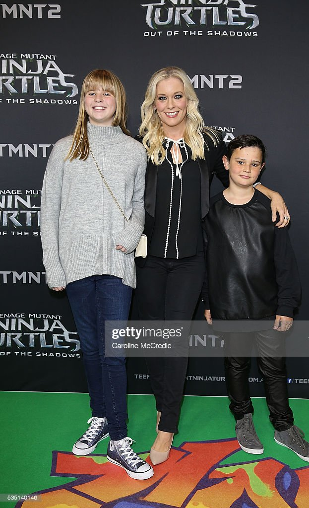 Sami Lukas arrives with Finn and Cody ahead of the Australian premiere of Teenage Mutant Ninja Turtles 2 at Event Cinemas George Street on May 29, 2016 in Sydney, Australia.