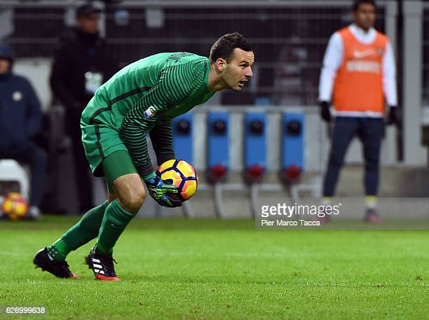 Samir Handanovic of FC Internazionale in action during the Serie A match between FC Internazionale and ACF Fiorentina at Stadio Giuseppe Meazza on...