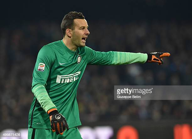 Samir Handanovic of FC Internazionale Milano in action during the Serie A match between SSC Napoli and FC Internazionale Milano at Stadio San Paolo...