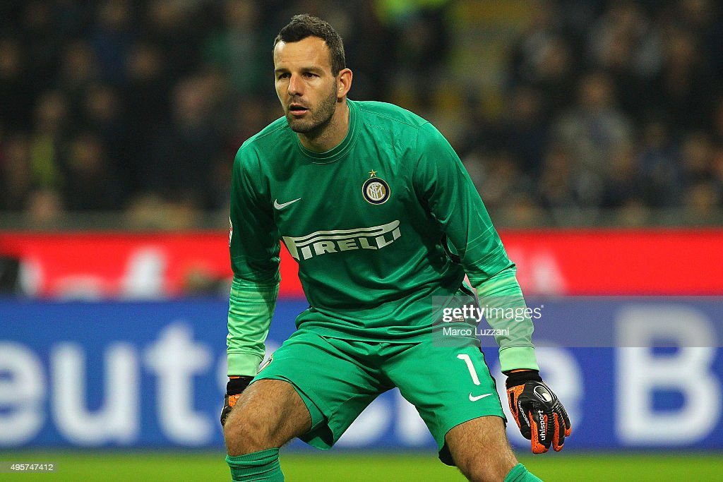 Samir Handanovic of FC Internazionale Milano looks on during the Serie A match between FC Internazionale Milano and AS Roma at Stadio Giuseppe Meazza on October 31, 2015 in Milan, Italy.