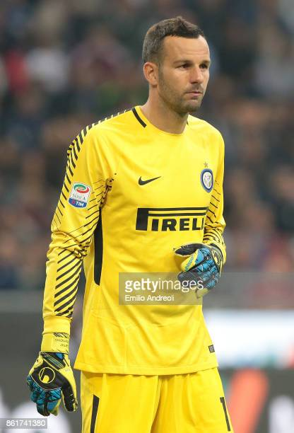 Samir Handanovic of FC Internazionale Milano looks on during the Serie A match between FC Internazionale and AC Milan at Stadio Giuseppe Meazza on...