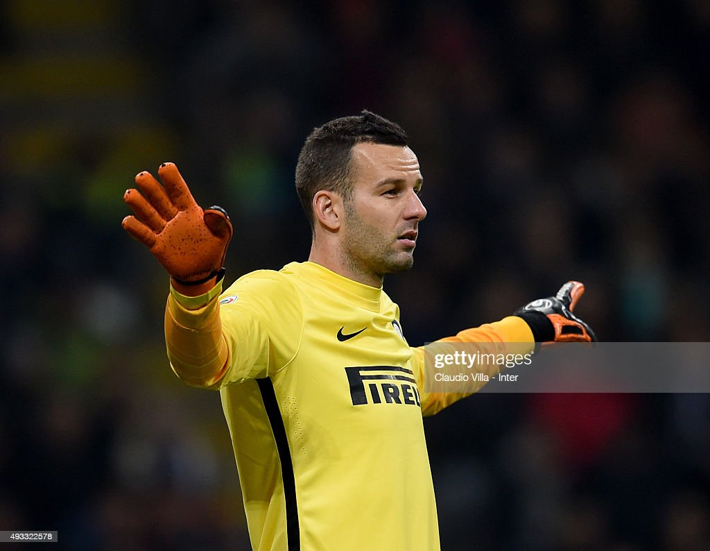 Samir Handanovic of FC Internazionale reacts during the Serie A match between FC Internazionale Milano and Juventus at Stadio Giuseppe Meazza on October 18, 2015 in Milan, Italy.