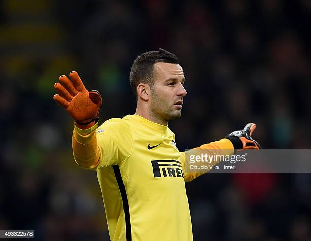 Samir Handanovic of FC Internazionale reacts during the Serie A match between FC Internazionale Milano and Juventus at Stadio Giuseppe Meazza on...