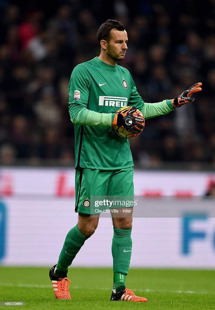 Samir Handanovic of FC Internazionale reacts during the Serie A match between FC Internazionale Milano and AS Roma at Stadio Giuseppe Meazza on October 31, 2015 in Milan, Italy.