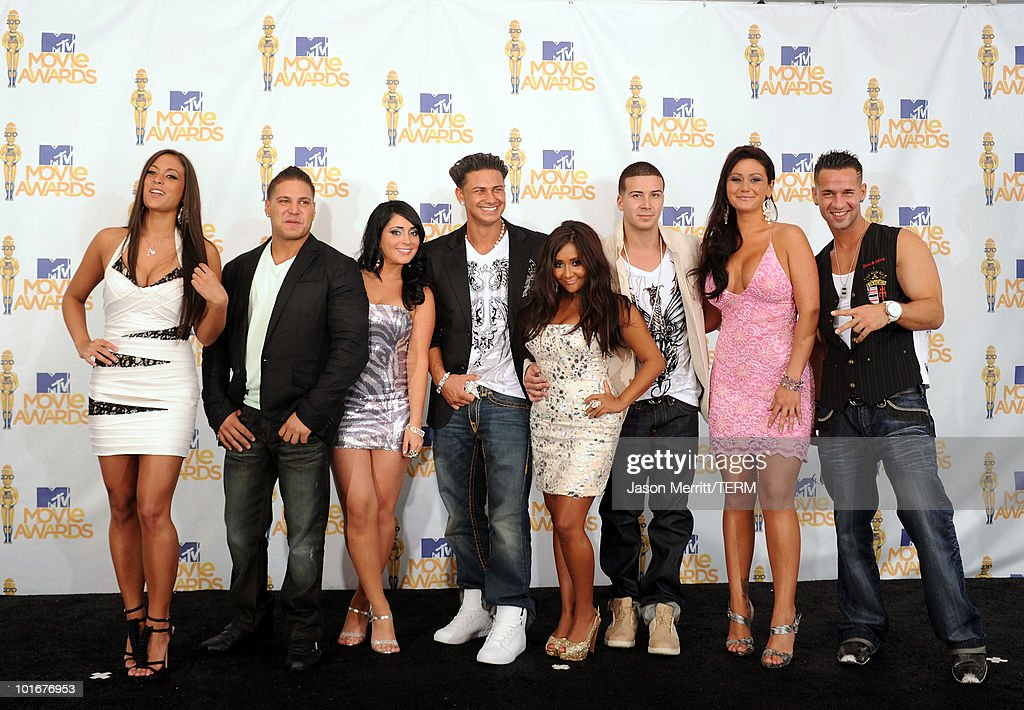 Sammi Giancola, Ronnie 'Fist Pump Brah' Magro, Angelina 'Jolie' Pivarnick, Pauly Del Vecchio, Nicole 'Snooki' Polizzi, Vinny Guadagnino, Jenni 'JWOWW' Farley and Mike 'The Situation' Sorrentino pose in the press room at the 2010 MTV Movie Awards held at the Gibson Amphitheatre at Universal Studios on June 6, 2010 in Universal City, California.