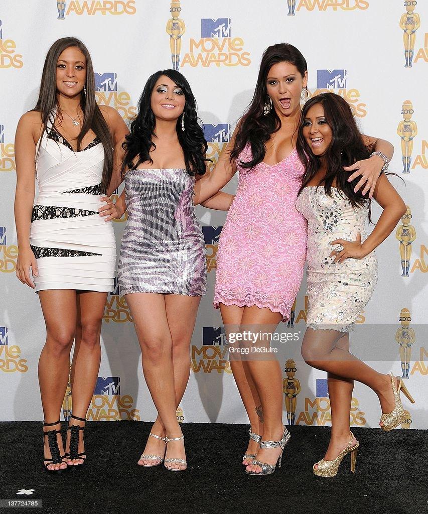 Sammi 'Sweetheart' Giancola Angelina 'Jolie' Pivarnick Jenni 'JWOWW' Farley and Nicole 'Snookie' Polizzi in the press room at the 2010 MTV Movie...