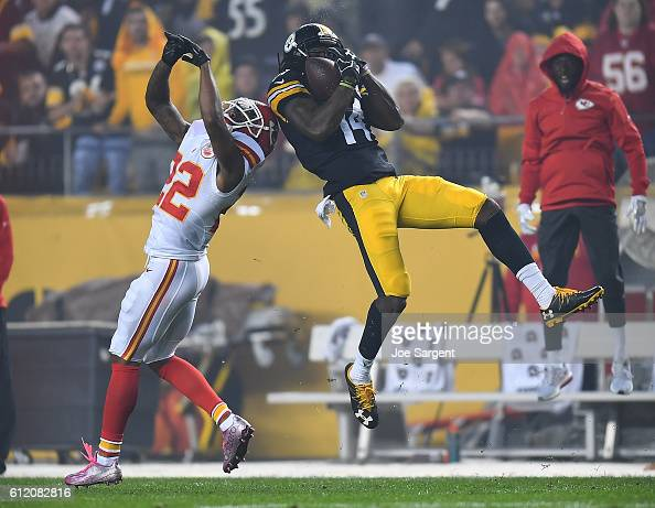 Sammie Coates of the Pittsburgh Steelers makes a leaping catch over Marcus Peters of the Kansas City Chiefs in the first quarter during the game at...
