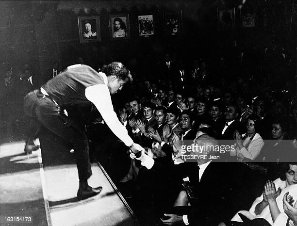 Sammy Davis Junior In Paris A Paris le 21 mai 1963 Sammy DAVIS JR donne un concert en faveur de l'enfance malheureuse à l'Olympia Des personnalités...