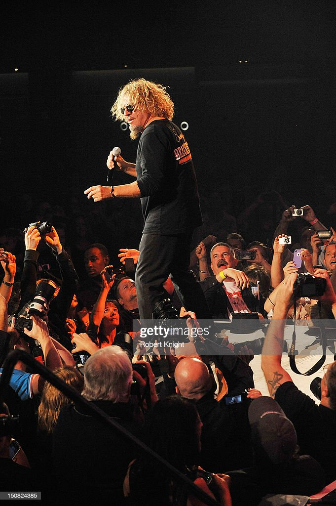 <a gi-track='captionPersonalityLinkClicked' href=/galleries/search?phrase=Sammy+Hagar&family=editorial&specificpeople=209168 ng-click='$event.stopPropagation()'>Sammy Hagar</a> performs at the Vegas Rocks! Magazine Awards 2012 at the Joint at the Hard Rock Hotel and Casino on August 26, 2012 in Las Vegas, Nevada.