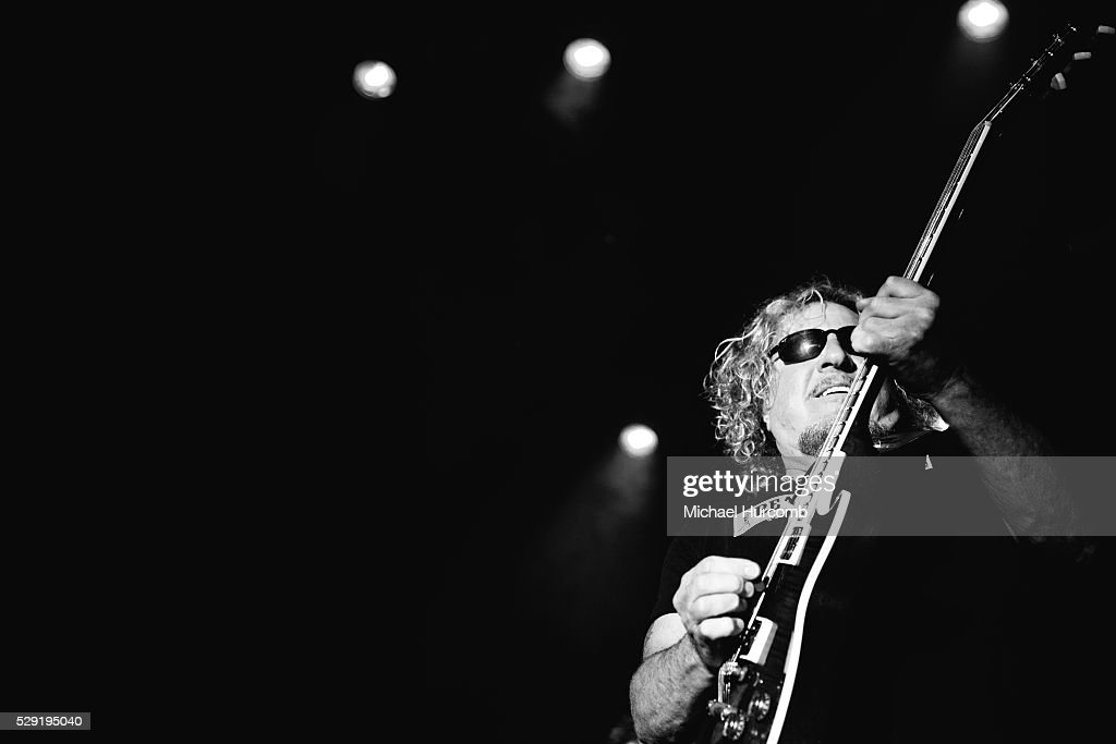Journey / Sammy Hagar - Only The Young / I'll Fall In Love Again