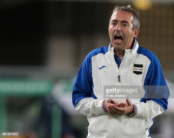 Sampdoria coach Marco Giampaolo shouts to his players during the Serie A match between Hellas Verona FC and UC Sampdoria at Stadio Marc'Antonio...