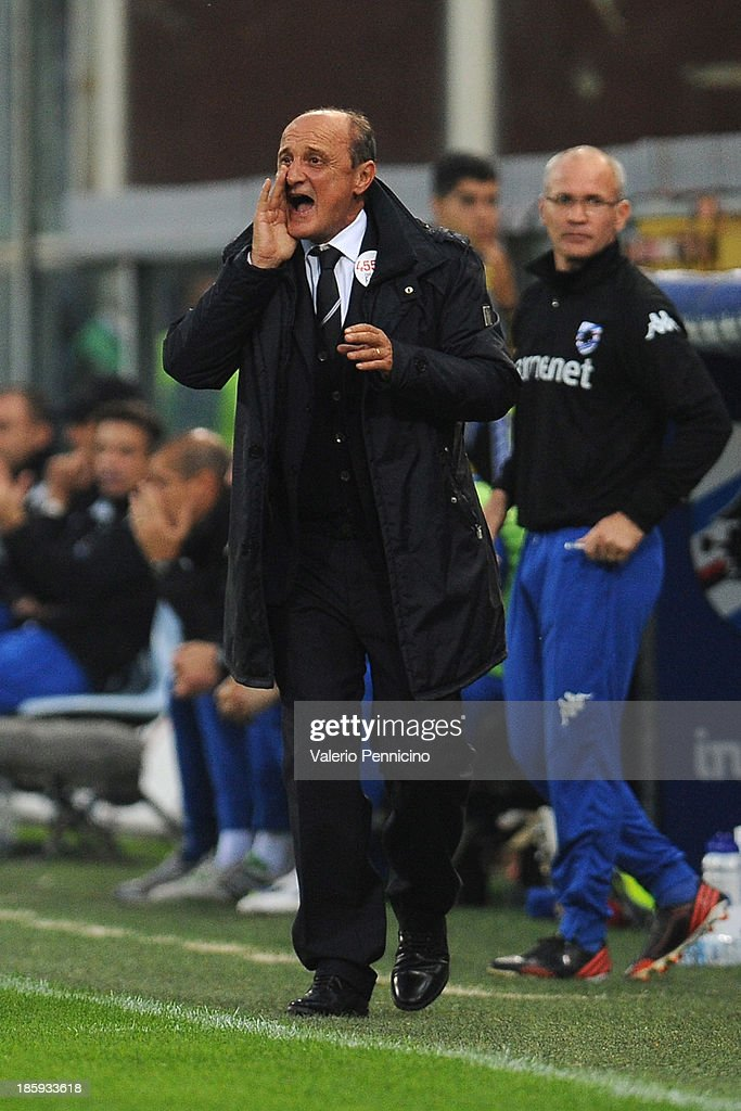 UC Sampdoria head coach <a gi-track='captionPersonalityLinkClicked' href=/galleries/search?phrase=Delio+Rossi&family=editorial&specificpeople=6538807 ng-click='$event.stopPropagation()'>Delio Rossi</a> shouts to his players during the Serie A match between UC Sampdoria and Atalanta BC at Stadio Luigi Ferraris on October 26, 2013 in Genoa, Italy.
