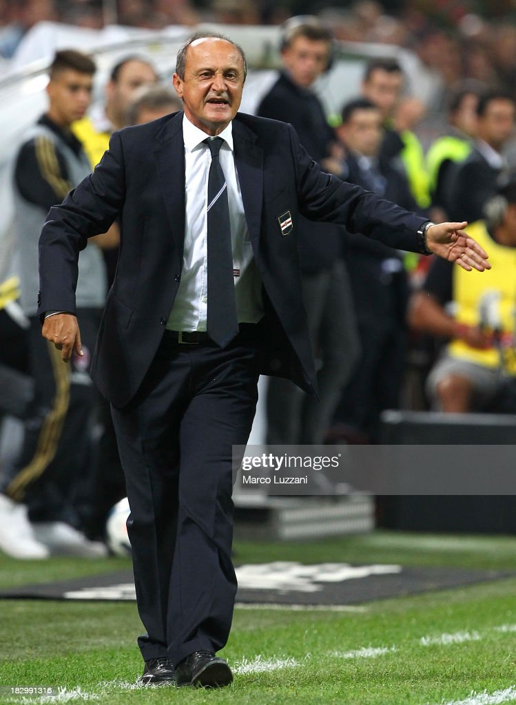 UC Sampdoria manager <a gi-track='captionPersonalityLinkClicked' href=/galleries/search?phrase=Delio+Rossi&family=editorial&specificpeople=6538807 ng-click='$event.stopPropagation()'>Delio Rossi</a> issues instructions to his players during the Serie A match between AC Milan and UC Sampdoria at Stadio Giuseppe Meazza on September 28, 2013 in Milan, Italy.