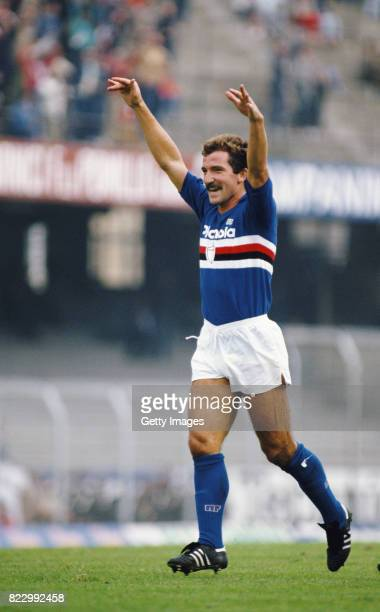 Sampdoria player Graeme Souness celebrates a goal during a match against Ascoli circa 1984