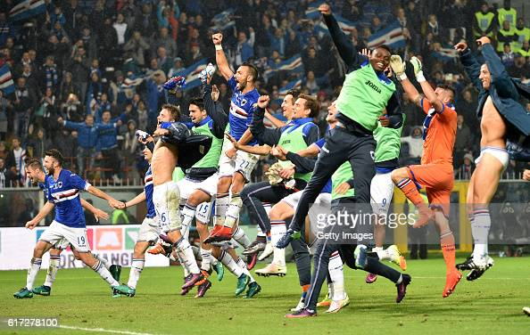 Sampdoria players celebrate at the end of the Serie A match between UC Sampdoria and Genoa CFC at Stadio Luigi Ferraris on October 22 2016 in Genoa...