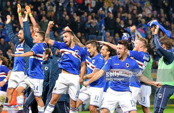 Sampdoria players celebrates at the end of the Serie A match between UC Sampdoria and FC Internazionale at Stadio Luigi Ferraris on October 30 2016...