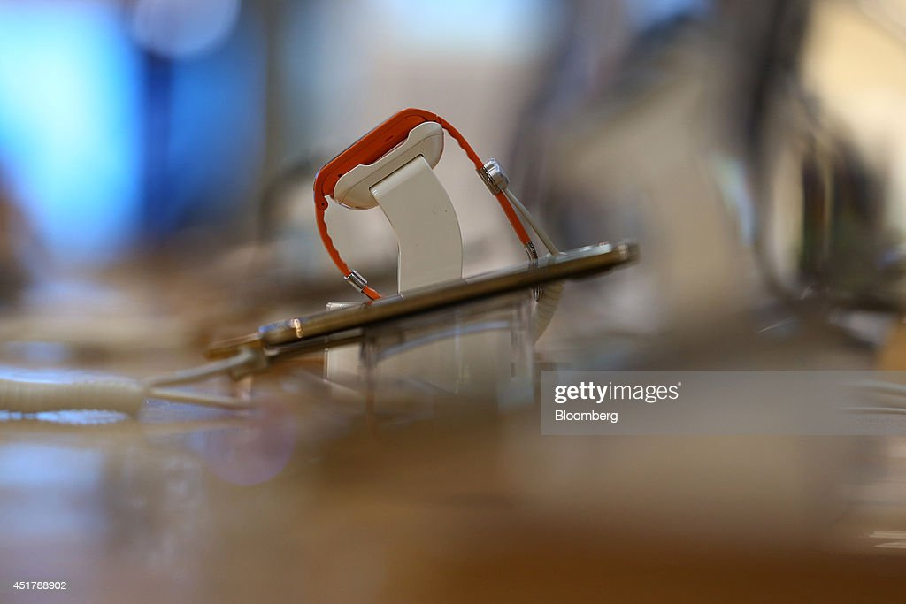 A Samsung Electronics Co. Galaxy Gear 2 smartwatch is displayed at the company's d'light store in Seoul, South Korea, on Monday, July 7, 2014. Samsung Electronics is scheduled to report operating profit and sales figures on July 8. Photographer: SeongJoon Cho/Bloomberg via Getty Images