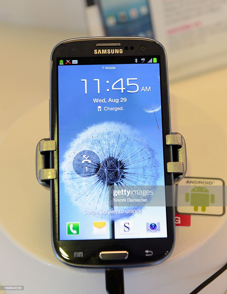 A Samsung Galaxy SIII Android mobile phone is displayed at a store on August 29, 2012 in Glendale, California. The value of Samsung Galaxy Android mobile phones have reportedly been declining rapidly after the $1.05 billion verdict against Samsung finding that they infringed on six Apple patents and owners of Samsung devises have been dumping their Android products at major resale sites.