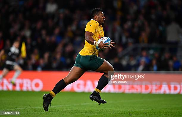 Samu Kerevi of Australia makes a break to score a try during the Rugby Championship match between Argentina and Australia at Twickenham Stadium on...