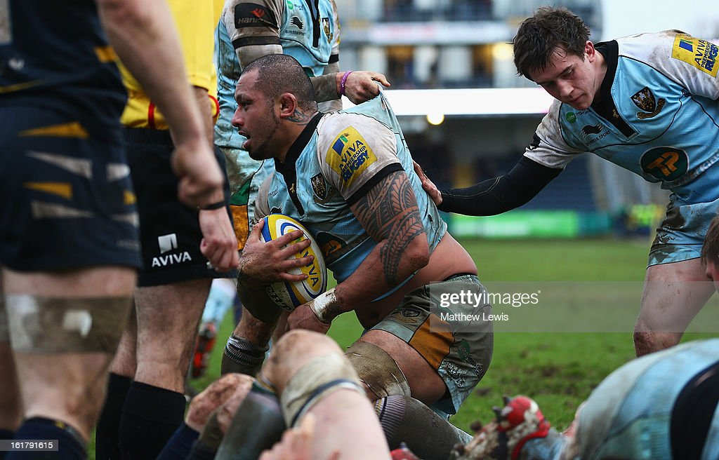 Samu Manoa of Northampton Saints scores a try during the Aviva Premiership match between Worcester Warriors and Northampton Saints at Sixways Stadium on February 16, 2013 in Worcester, England.