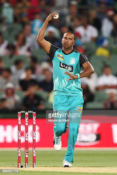 Samuel Badree of the Brisbane Heat bowls during the Big Bash League match between the Adelaide Strikers and Brisbane Heat at Adelaide Oval on...
