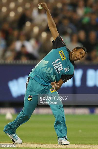 Samuel Badree of the Heat bowls during the Big Bash League match between the Melbourne Stars and the Brisbane Heat at Melbourne Cricket Ground on...