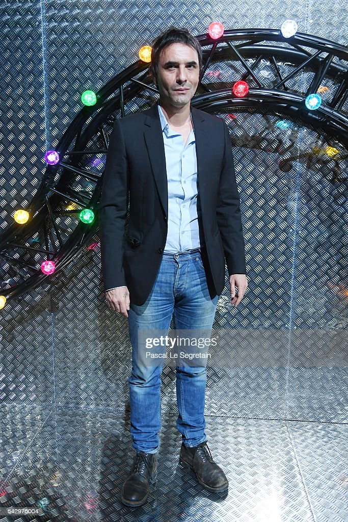 Samuel Benchetrit attends the Dior Homme Menswear Spring/Summer 2017 show as part of Paris Fashion Week on June 25, 2016 in Paris, France.