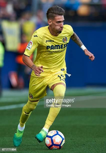 Samuel Castillejo of Villarreal in action during the La Liga match between Villarreal CF and CD Leganes at Estadio de la Ceramica on April 22 2017 in...