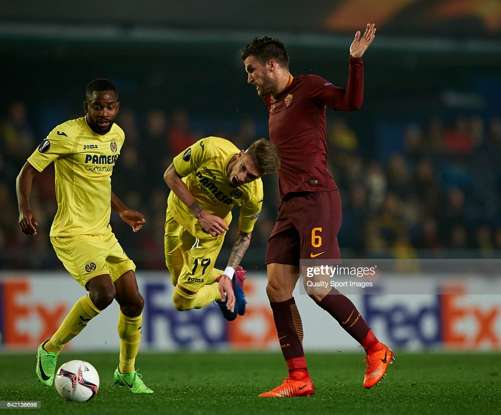 FC Villarreal v AS Roma UEFA Europa League Round of 32 First